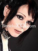 Tattoo-Lilly escort girl à Luxembourg
